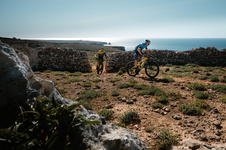 Pau Zamora i Joan Llordella durant Camí de Cavalls 360º Non-Stop (Foto: Camí de Cavalls 360º).