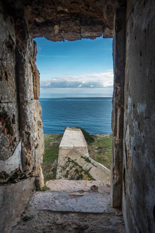 Vistes des de l'interior de la Torre d'en Penjat (Foto: Camí de Cavalls 360º).